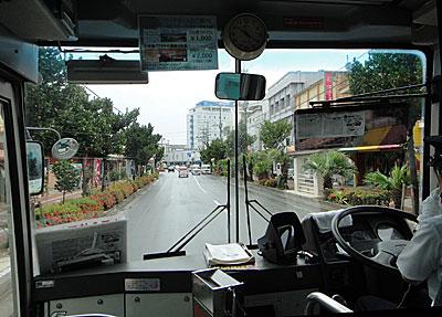100724bus.jpg